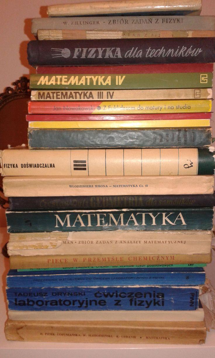 Oddam za darmo stare książki z matematyki i fizyki: http://olx.pl/oferta/stare-ksiazki-matematyka-fizyka-CID751-IDdCTyT.html
