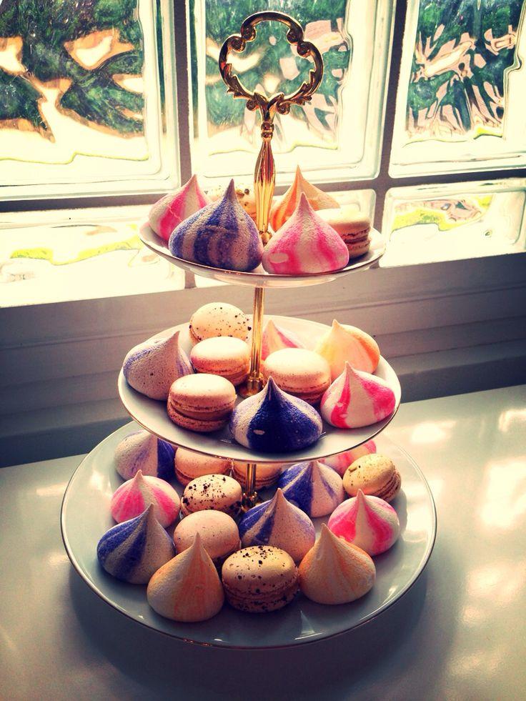 Coloured meringues & macaroons