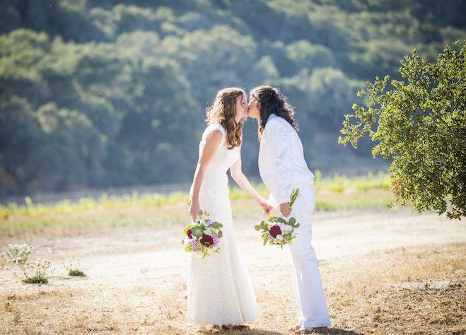 Amy and Melissa in the Santa Ynez Valley. Photo by Willa Kveta | willakveta.com. Read more on equallywed.com. #lgbt #lesbian #wedding