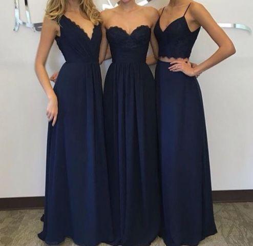 20 erstaunliche Marine-Blau-Brautjungfernkleid-Ideen