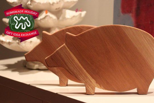 Make this Homemade Holiday Gift: Wooden Cutting Boards