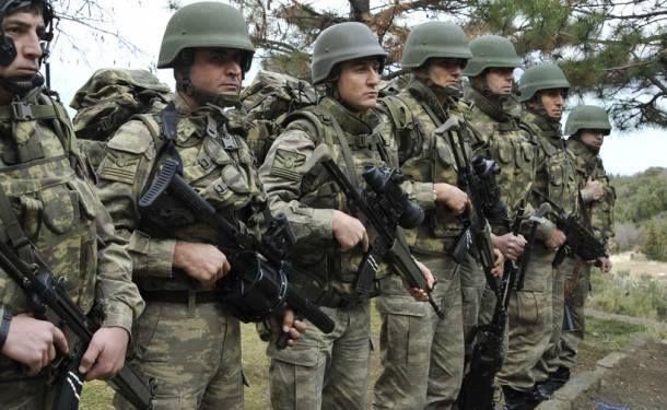 askeri üniforma neden haki