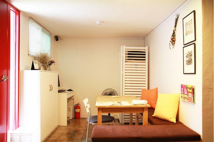 http://www.kozaza.com/rooms/1003767  SUTOME living room