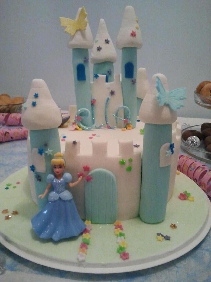 "A princess ""castle"" cake to my princess <3"