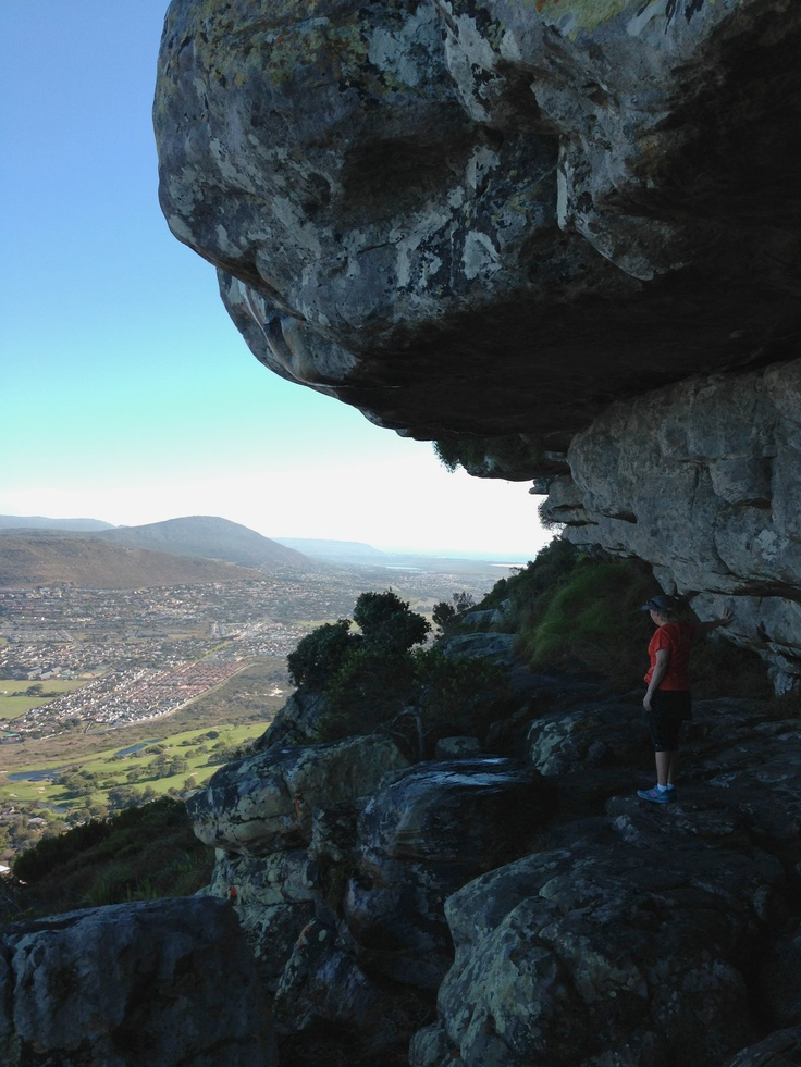The overhang above Clovelly with Fish Hoek in the background.