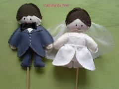 noivos para um bolo de casamento em tecido