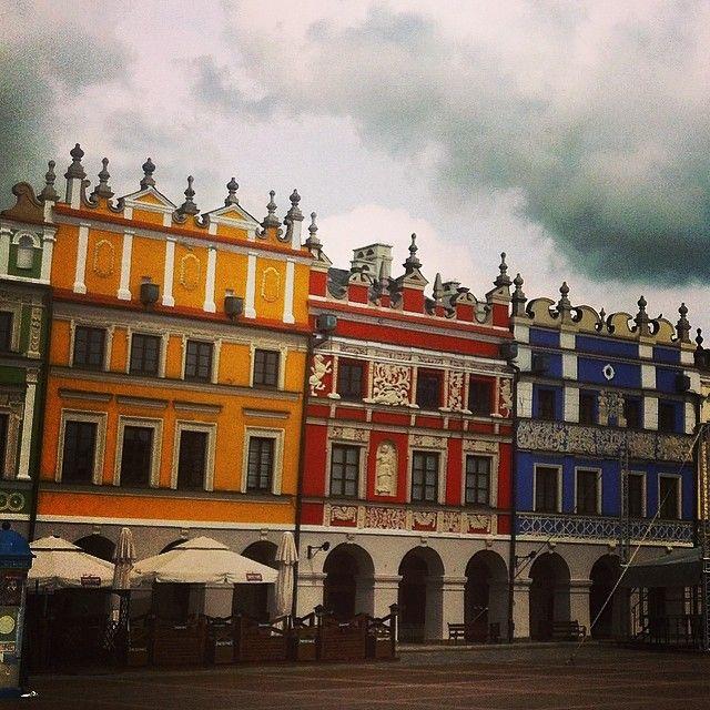Kamienice na rynku w Zamościu.