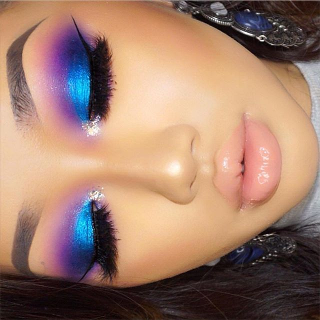 So mesmerized by @xthuyle's stunning look using #sugarpill Poison Plum eyeshadow, @urbandecaycosmetics Electric palette, and @litcosmetics Barbie Shops glitter!