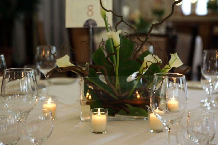 White Callas #centerpiece #lakecomoweddingsandevents #Wedding #settings