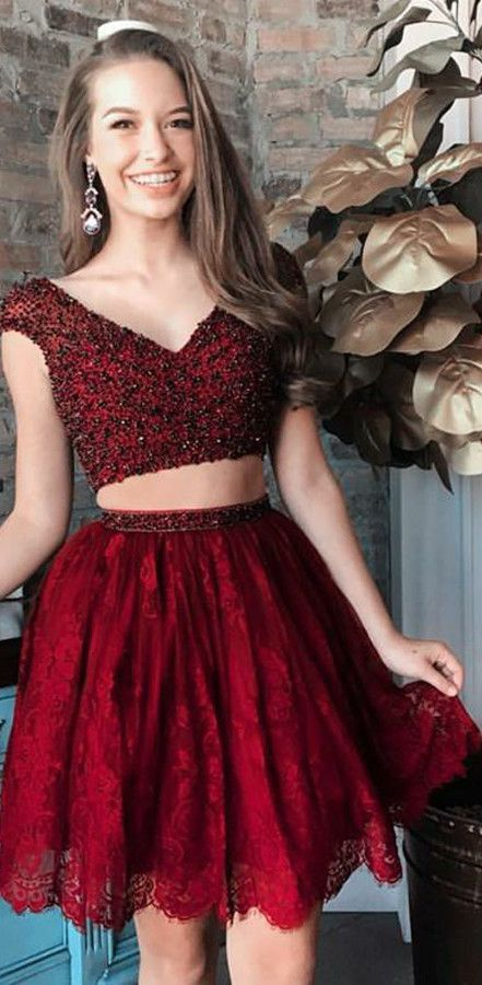 9ee372f3edc4 Two Piece Beaded Maroon Homecoming Dresses Lace Burgundy Hoco Dress ...