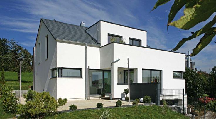Satteldachhaus mit modernen elementen arkitektur hus fasader id er - Schwarze fenster ...
