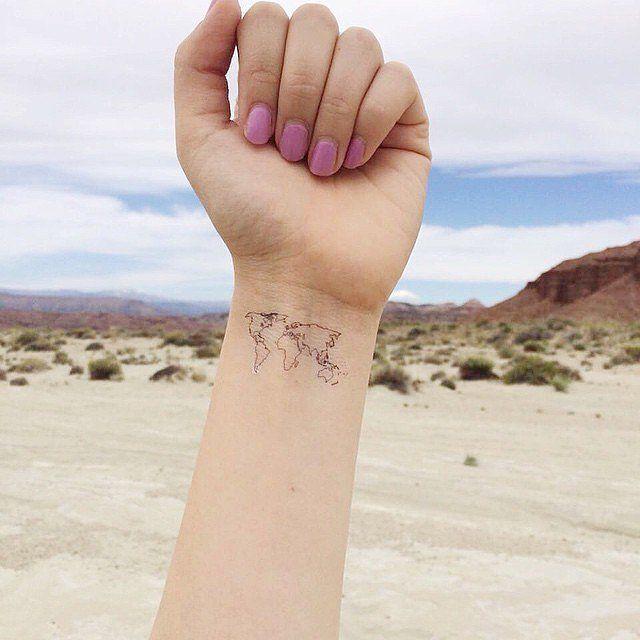 Makeup, Beauty, Hair & Skin | 35 Tattoos, die eure Wanderlust perfekt bekunden | POPSUGAR Deutschland