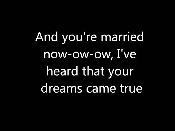 Glee - Rumor Has It & Someone Like You [Lyrics in HD]