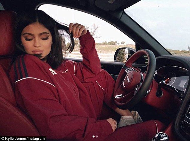 Kylie Jenner 20 shows off her $1.4m push present She was recently spotted out for the first time since giving birth to baby Stormi three weeks go. And while without her new little one Kylie Jenner enjoyed a spin in her newFerrari LaFerrari in Malibu California on Saturday thought to be a push present gifted to her by boyfriend Travis Scott. The 20-year-old reality starlets lavish motor boasts 950 horsepower and is estimated to retail for around a whopping $1.4m. Where will the baby seat go?…