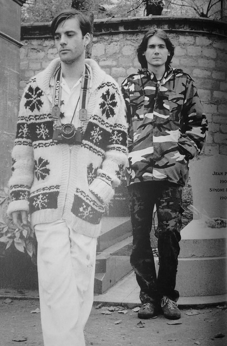 Richey Edwards and Nicky Wire in Paris, 1994. Manic Street Preachers. Photo by Tom Sheehan.