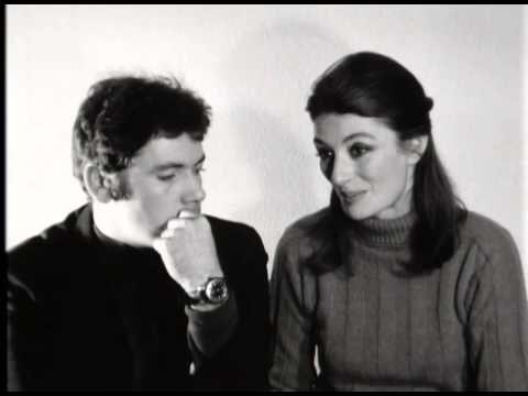 Anouk Aimée et Pierre Barouh sur « Un homme et une femme » de Lelouch (1966) - Pierre Barouh est attendrissant dans cette interview par sa douceur et sa simplicité.