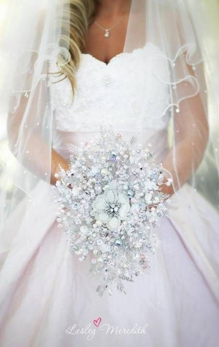 Crystal #weddingboquet great  #weddingdress