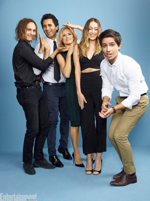The cast of Fear the Walking Dead! #EWComicCon