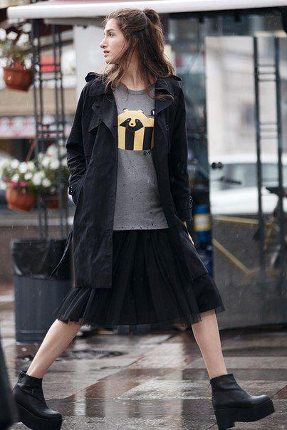 Photographer http://aleksnikavi.com/  #hopeshop #coat #streetstyle