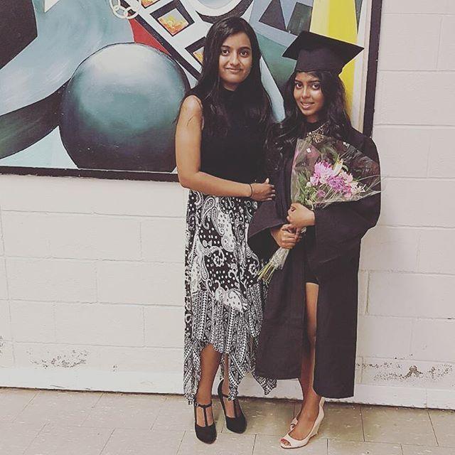Congrats Tharani~ 🎓😍 Looking beautiful as always! #grad2016 #cousinsforlife
