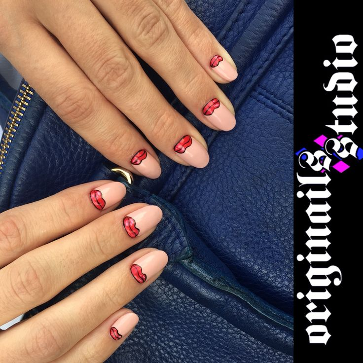 Red lips nail design