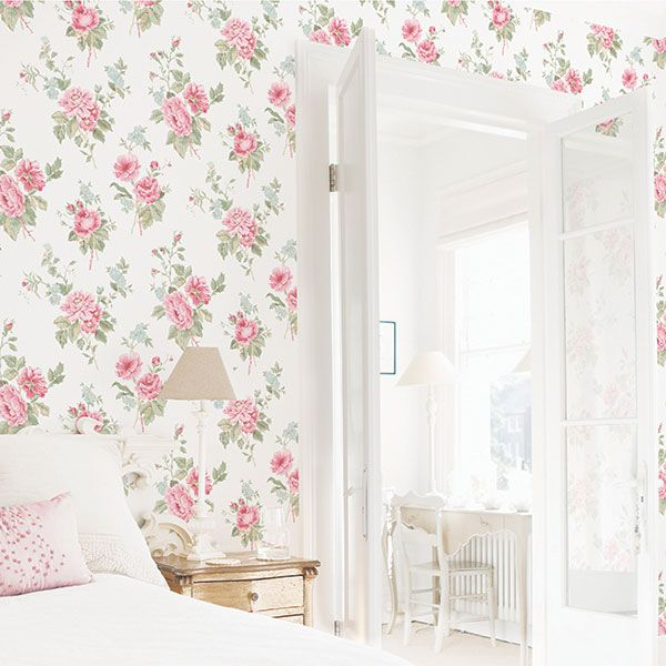 This bright and pretty floral design is from one of Galerie's newest collections; Jardin Chic  - G67289R #galerie #homedecor #wallpaper #wallcovering #floral #interior