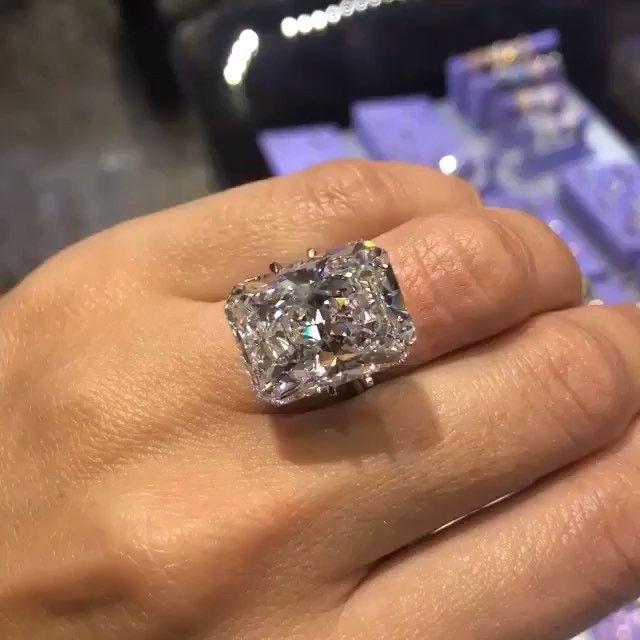 20 Carats Diamond Buzz Beautiful Jewelry Diamond Buy Diamond Ring