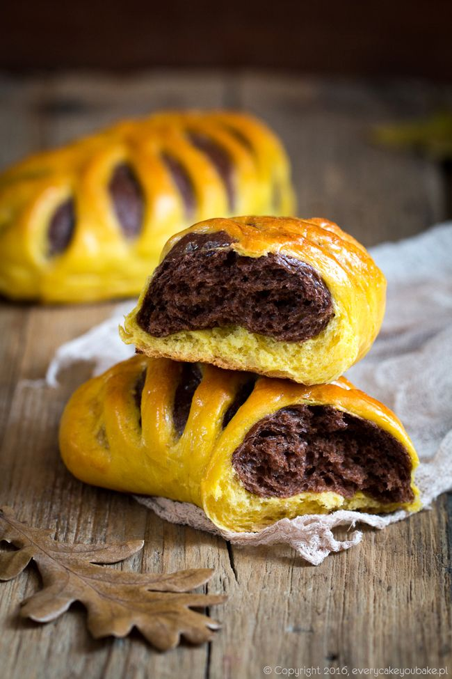 Rogale dyniowo-czekoladowe, pumpkin chocolate Rolls #czekolada #rogale #dynia #pumpkin #chocolate #rolls