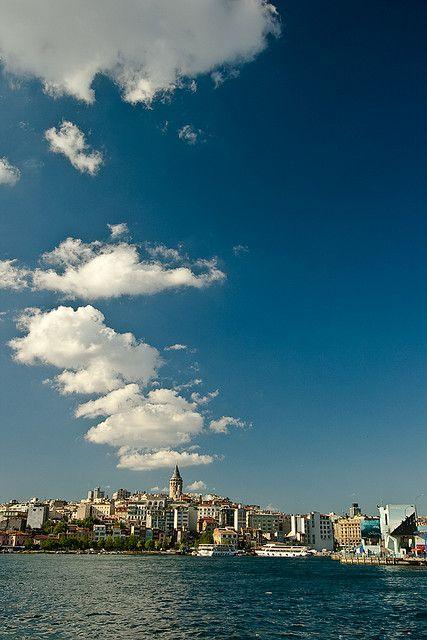 View across the Golden Horn: Karaköy & Galata Tower, Istanbul, Turkey // #Haliç