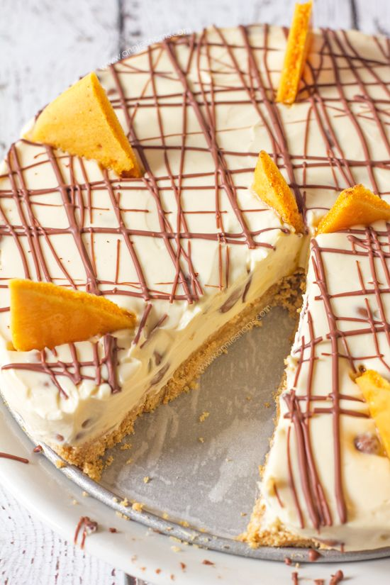Chocolate Honeycomb Cheesecake | Annie's Noms