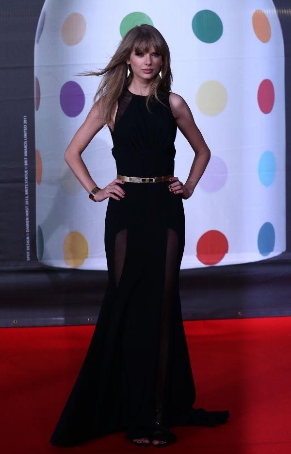 Sur le tapis rouge des Brit Awards.    http://femina.ch/galeries/mes-people/sur-le-tapis-rouge-des-brit-awards    (CP: AFP)