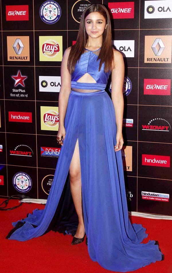 Alia Bhatt at the Star Guild Awards 2015. #Bollywood #Fashion #Style #Beauty
