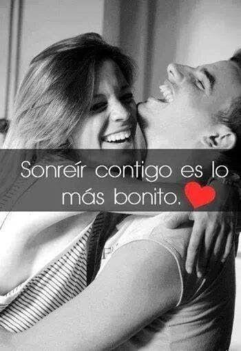 Esa sonrisa... esa sonrisa tan bella:') cada vez te amo más y día a día doy gracias, x haber aparecido en mi vida <3