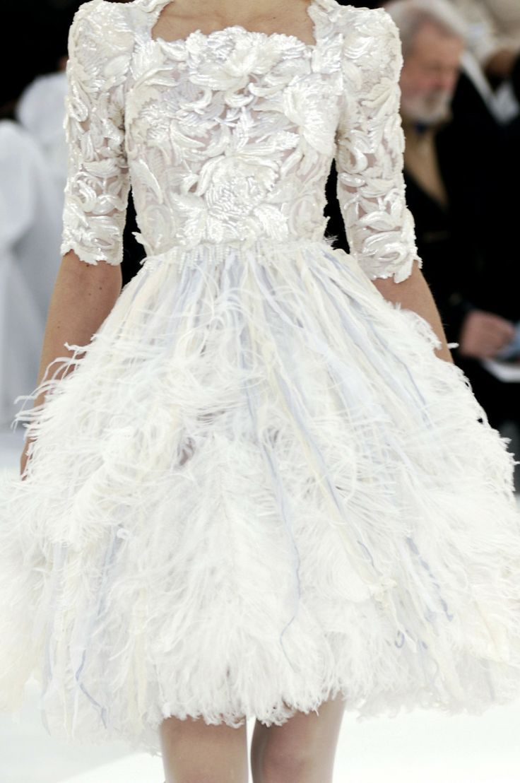 Feather dress, Chanel spring and Feathers on Pinterest
