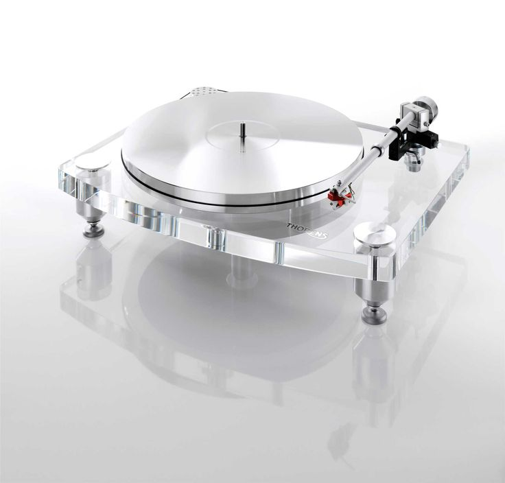 The new Acrylic-Series is stunning—and not only from a visual point of view. Thanks to elaborate control circuitry, an extremely stable acrylic plinth and a heavy aluminum platter, the turntables are