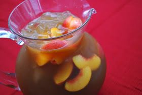 Olive Garden Peach Bellini Iced Tea..making this ASAP!