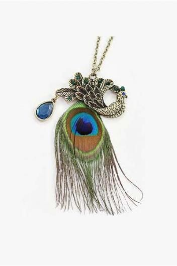 The peacock feather necklace.