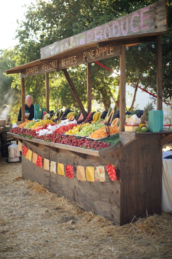 Farmer S Market Wedding At Parker Ranch Farmers Market