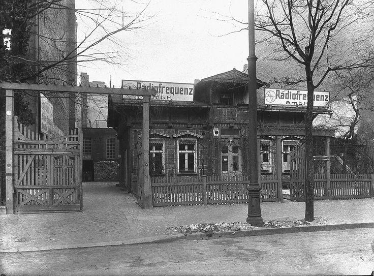 1923 Loewe headoffice - Loewe Technologies – Friedenau, Niedstrasse