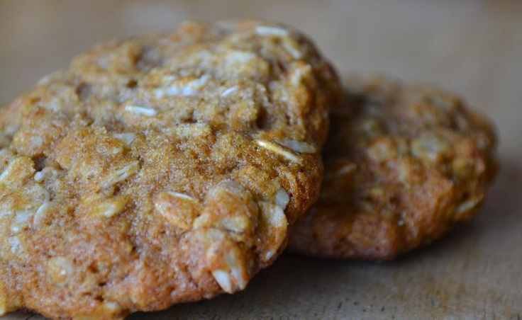 Oatmeal Cookies with Red Fife and Honey