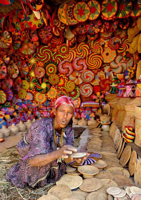 Ethiopia's Colorful Pottery