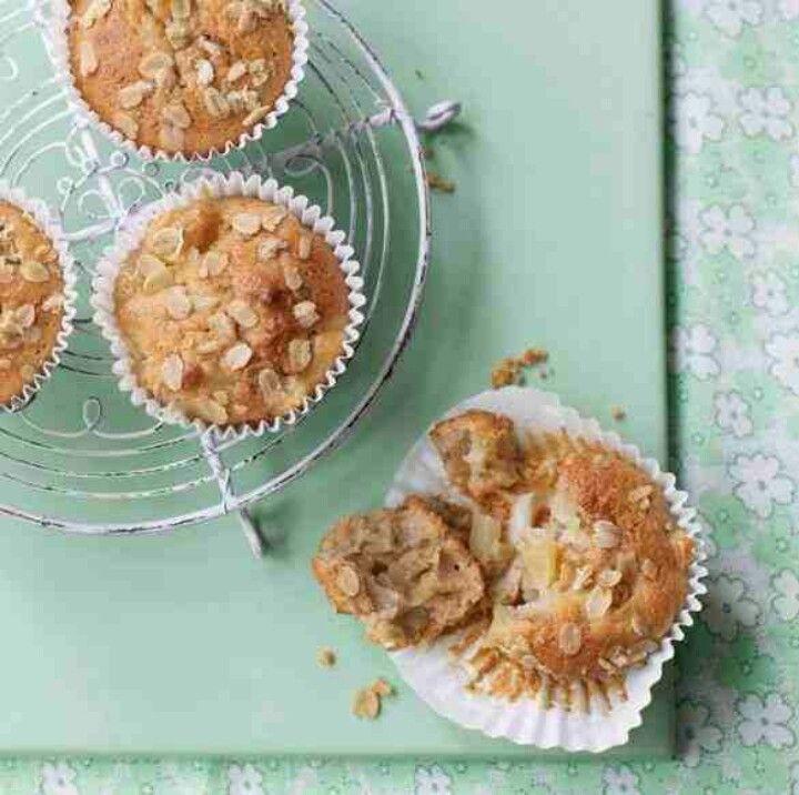 Pear, honey & oat muffins