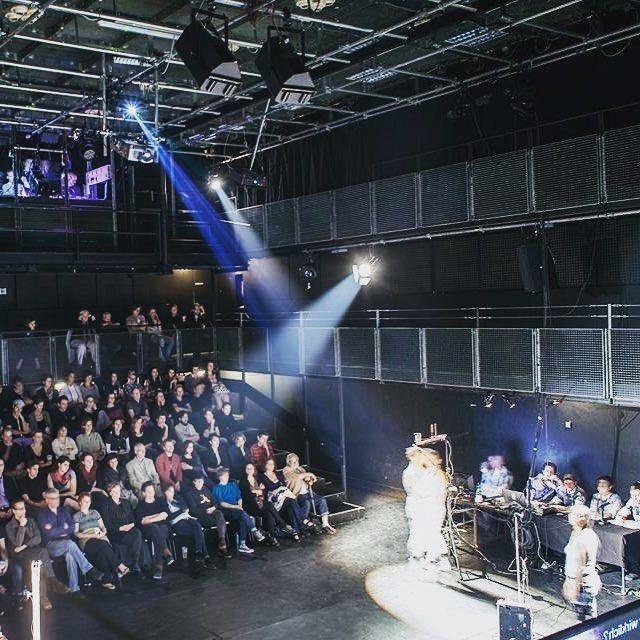 #tb Melodrom. The Making of a Rebellious Telenovela. Brut Wein. Actuando hace 4 años en Viena #rebelodrom #wein #viena #bruttheater