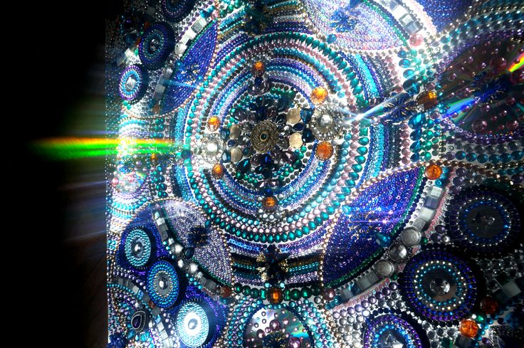 """Купить картину.  https://www.livemaster.ru/irina-bast . Картина из страз """"Звездное небо"""". Детали картины. Стразы, зеркала. Космос, звездное небо, звездная пыль, переливы, космический, ночное небо, звезды, сияние, калейдоскоп, синий, синяя картина, узоры, орнамент, пайетки, вышивка, восток, восточная картина, ручная работа"""