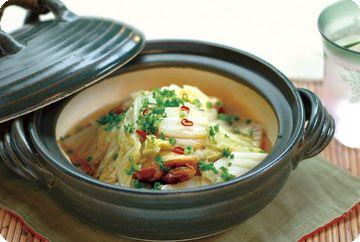 鶏手羽と白菜の土鍋煮
