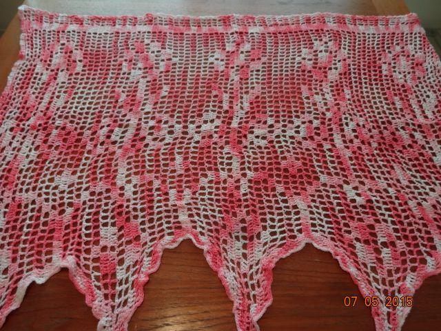Crocheted Girl's Room Mini Curtain #2