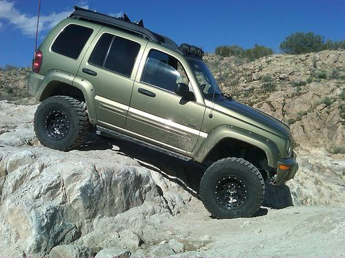 Lifted Jeep Liberty Renegade KJ offroad