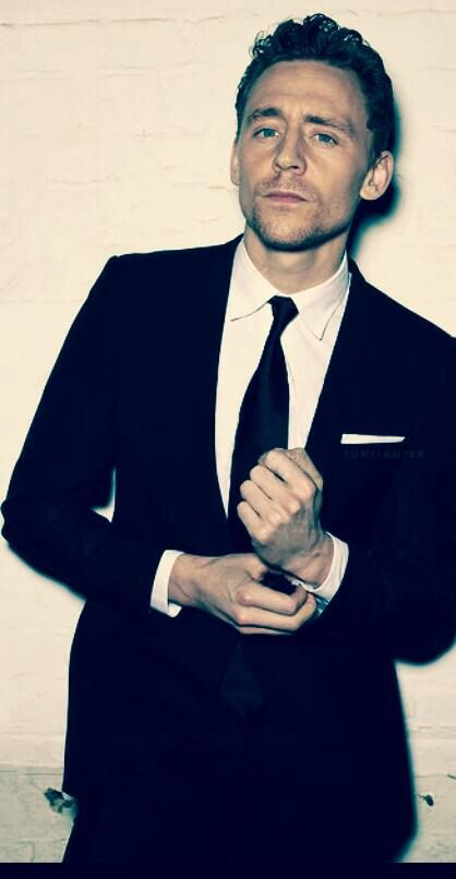 Tom Hiddleston- He looks incredibly sexy in this one.... I... I just... I just can't... *swoon*