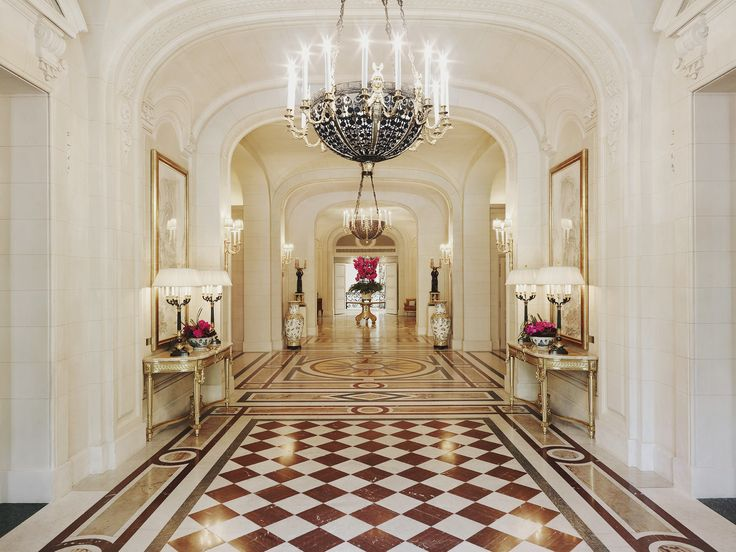 Lobby   Shangri La Hotel, Paris Gilt Bronze Chandelier Handmade By  Heuvelmans Interiors