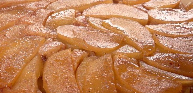 Apple Upsidedown Cake | Apple Upside-Down Cake